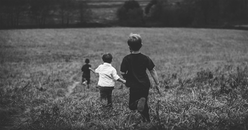 32246-kids-running-field-1200.630w.tn.jpg